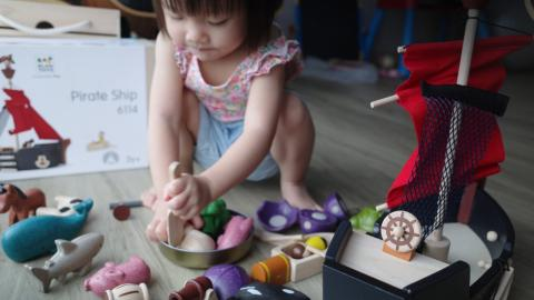 'ห้องสมุดเช่าของเล่น' บริการที่ส่งการเรียนรู้ผ่านของเล่นให้เด็กถึงบ้าน ในวันที่โควิดล้อมไว้หมดแล้ว