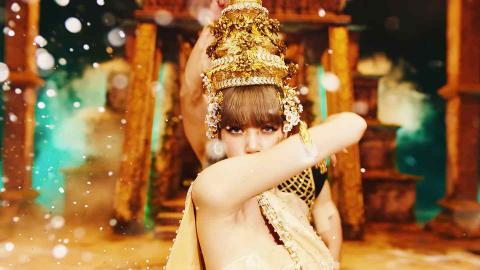 """รู้จัก """"รัดเกล้ายอด"""" ศิราภรณ์นางละครหลวงในชุดไทยที่ลิซ่าใส่"""