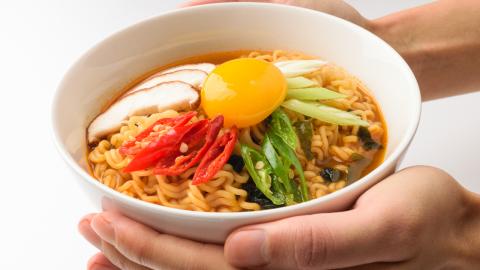 """""""รามยอน"""" จากอาหารยุคหลังสงคราม สู่เมนูฮิตในซีรีส์เกาหลี"""