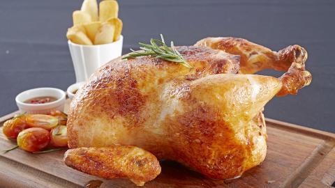 เมนูยอดฮิต ไก่อบ Rosemary & garlic chicken จากร้าน La freme
