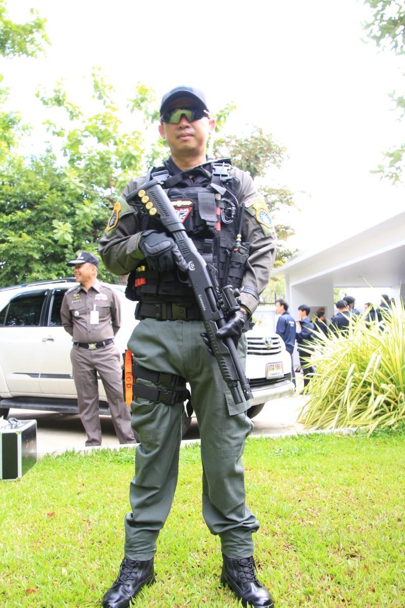คอมมานโด กับ ปืนลูกซอง เบเนลลี เอ็ม 4