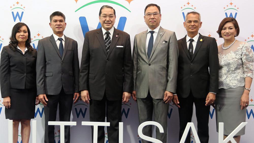 """เกาะติดเทรนด์ ศ.ดร.สุรเกียรติ์ เสถียรไทย เปิดงาน """"Wuttisak Wellness World"""" นวัตกรรมเพื่อสุขภาพและความงามเทรนด์ใหม่ล่าสุด โดยมี  ดร.ประพล  มิลินทจินดา, อรรถวุฒิ จริงไธสง, ยุพา เดชะอำไพ, ฐาณิญา พงษ์ศิริ และ สมคิด สมศรี มาร่วมงานด้วย ที่โรงแรมโซ โซฟิเทล วันก่อน."""