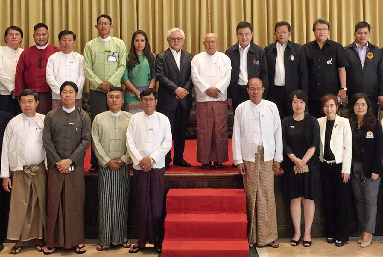 ร่วมมือกัน พงษ์ภาณุ เศวตรุนทร์ ปลัดกระทรวงการท่องเที่ยวและกีฬา นำหน่วยงานไทยภาครัฐและเอกชนไปร่วมประชุมว่าด้วยความร่วมมือด้านการท่องเที่ยวไทย-เมียนมา ที่เกาะสอง ประเทศเมียนมา เมื่อวันก่อน.