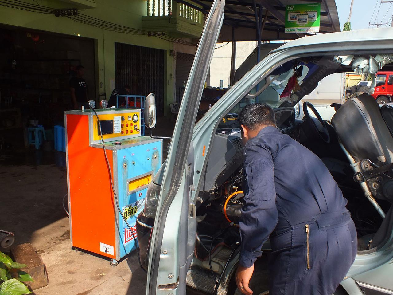 เครื่องล้างแอร์รถยนต์ ฝีมือคนไทยทำเอง...