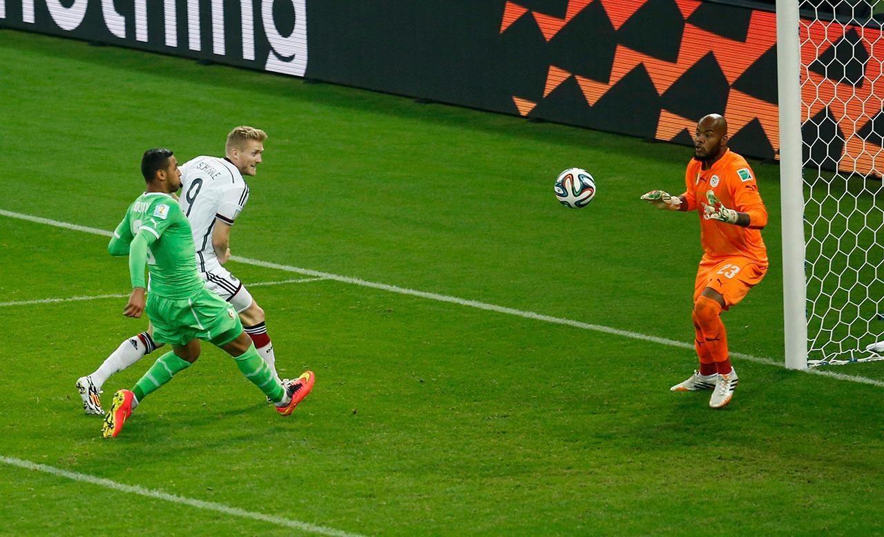 อังเดร ชูร์เล ซัดตีไข่แตกพาทีมออกนำ 1-0