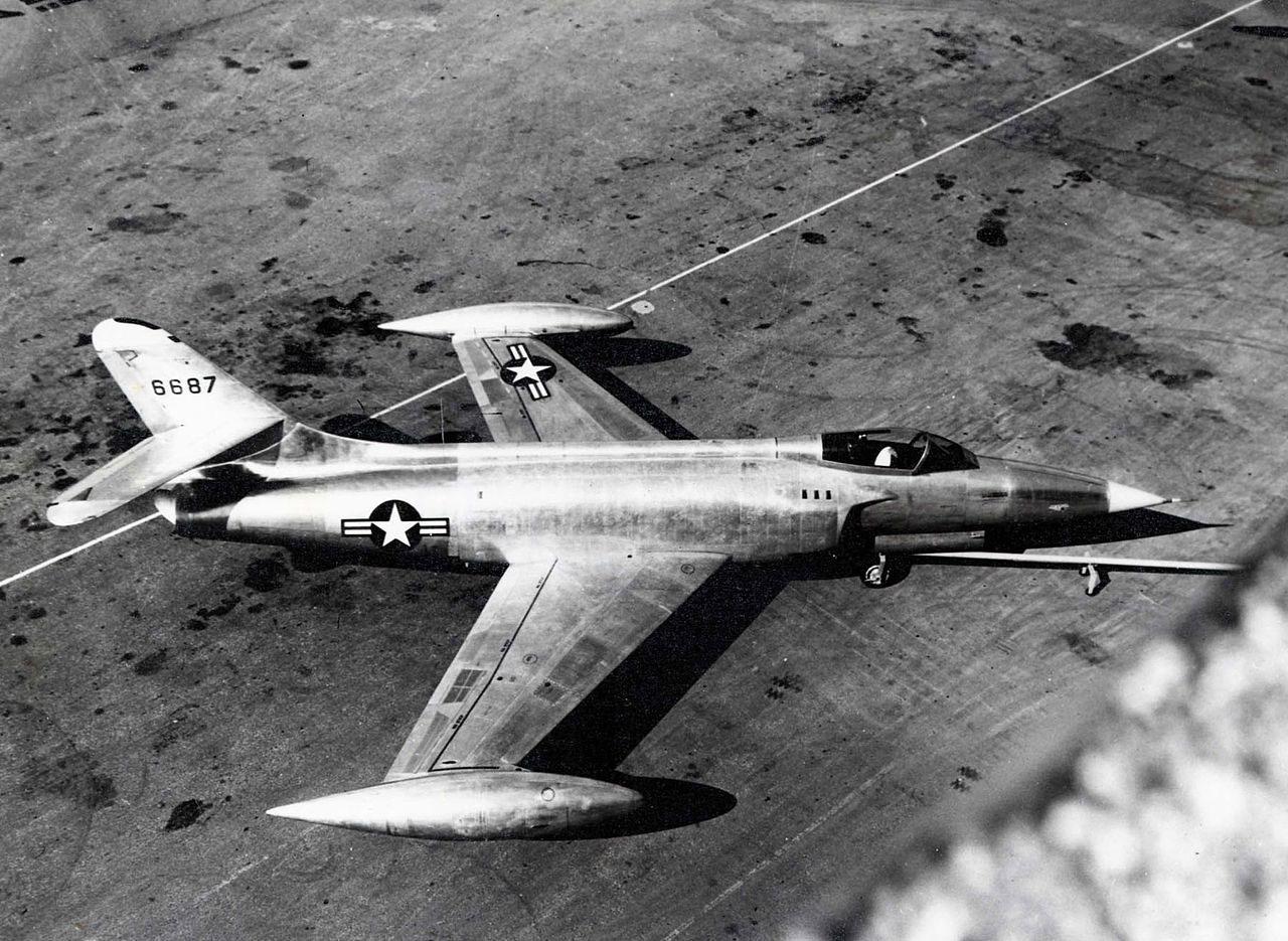 เครื่องบิน เอ็กซ์เอฟ-90 กับการบินทดสอบครั้งแรก