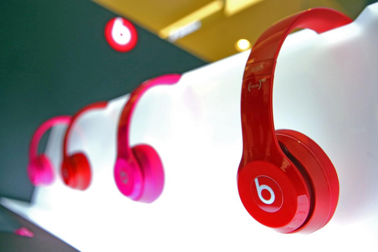 หูฟัง Beats By Dr.Dre รุ่น Beats Solo 2