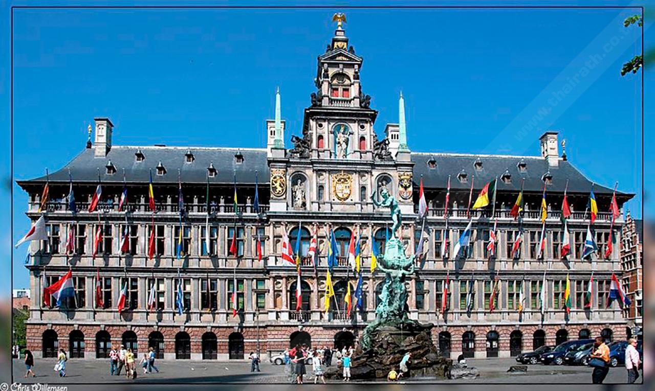 Town Hall หรือศาลาว่าการเมืองแอนท์เวิร์ป.