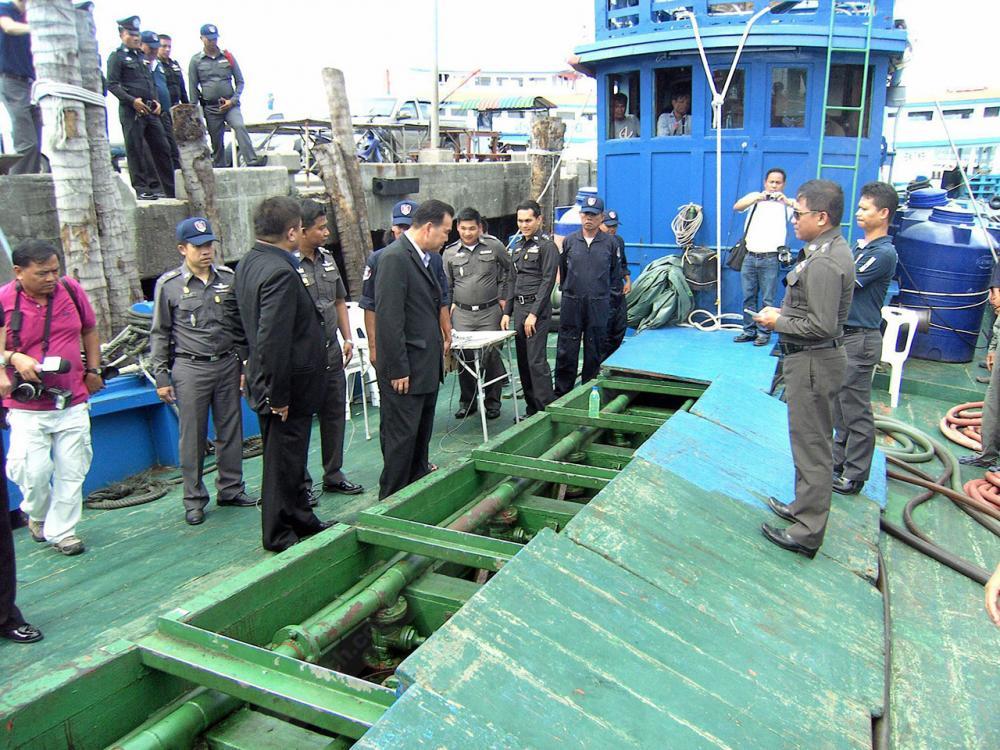 ดัดแปลงเรือเพื่อลักลอบขนน้ำมัน