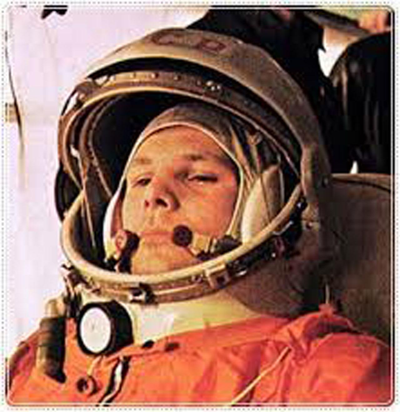 ยูริ กาการิน นักบินอวกาศ ชาวโซเวียต คนแรก ที่เดินทางไปนอกโลก