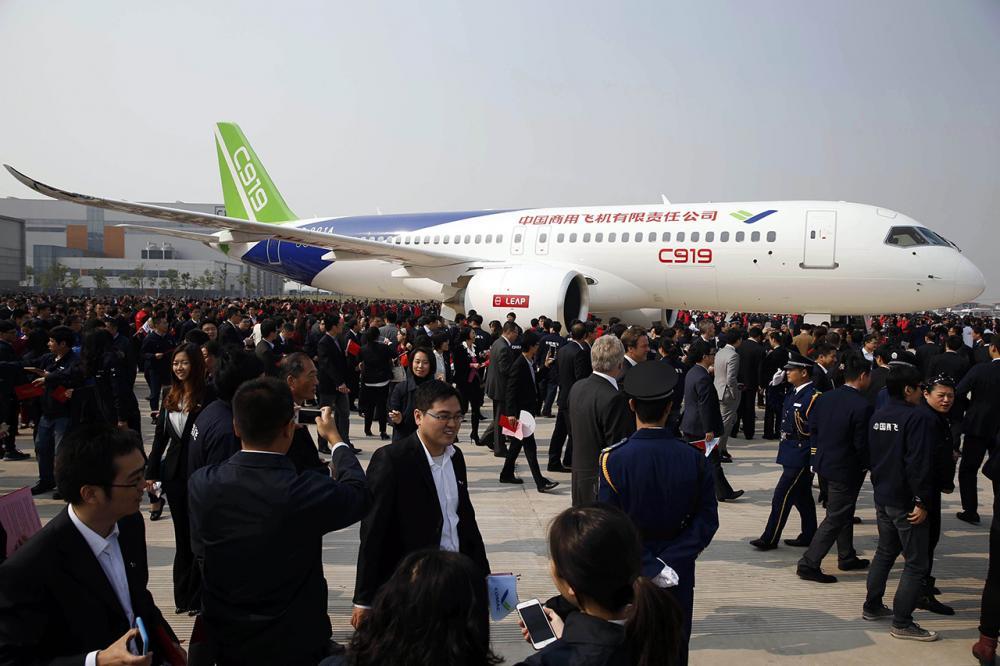 ซี919 เครื่องบินโดยสารลำตัวแคบลำแรกของจีน (ภาพ: AFP)
