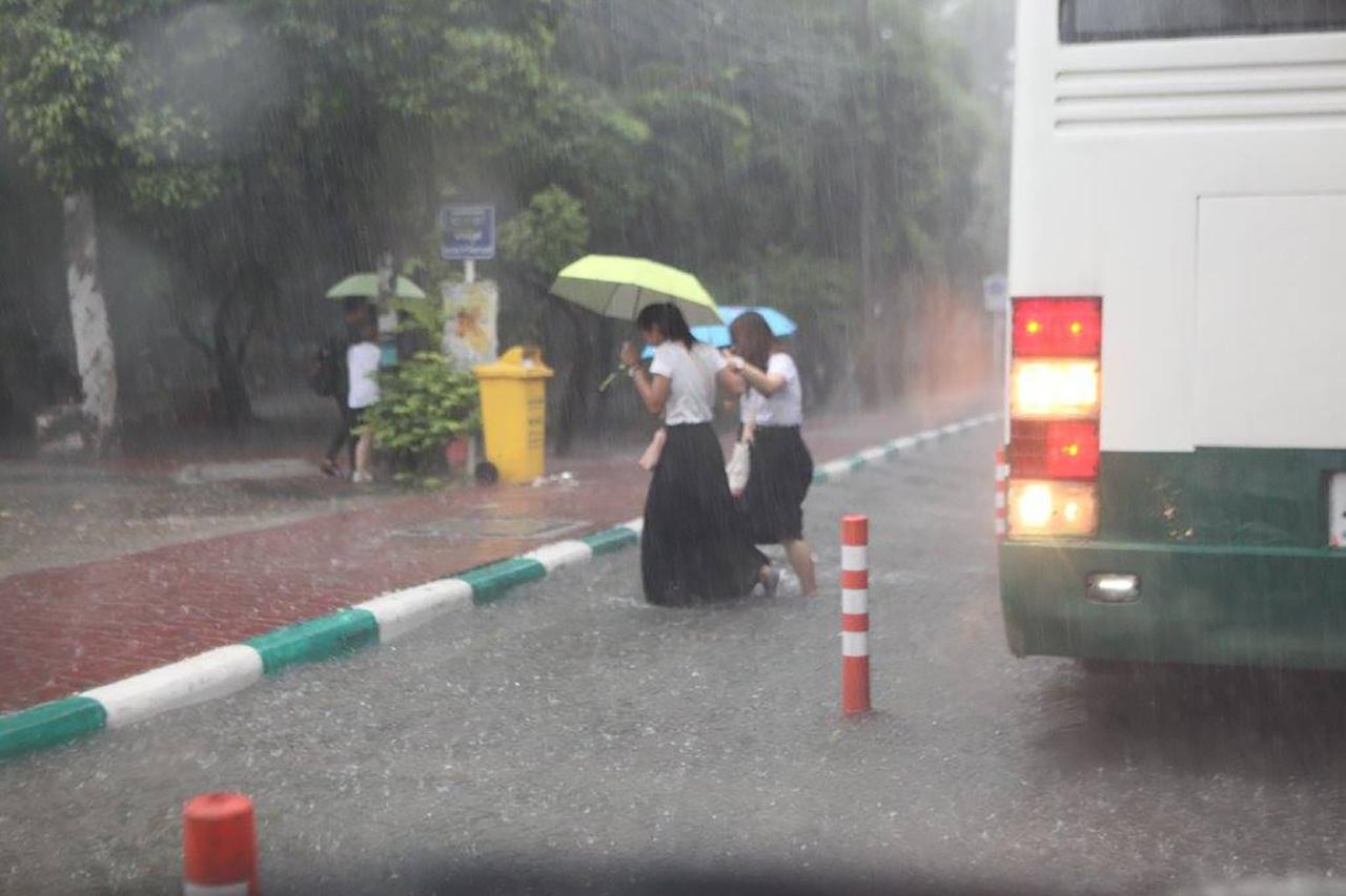 หนีฝน