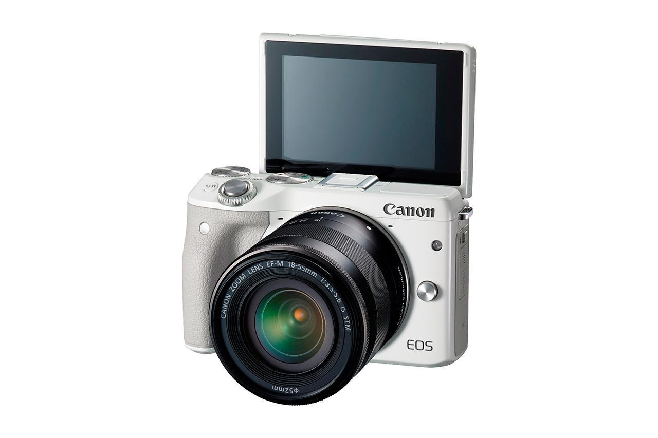 Canon EOS M3 ด้านหน้า