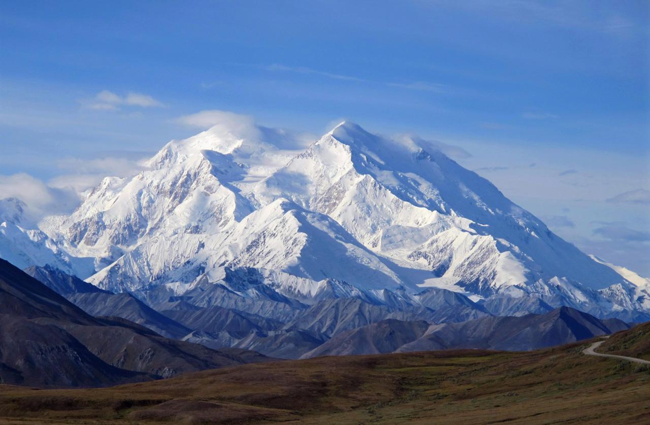 โอบามาเปลื่ยนช่ือภูเขา