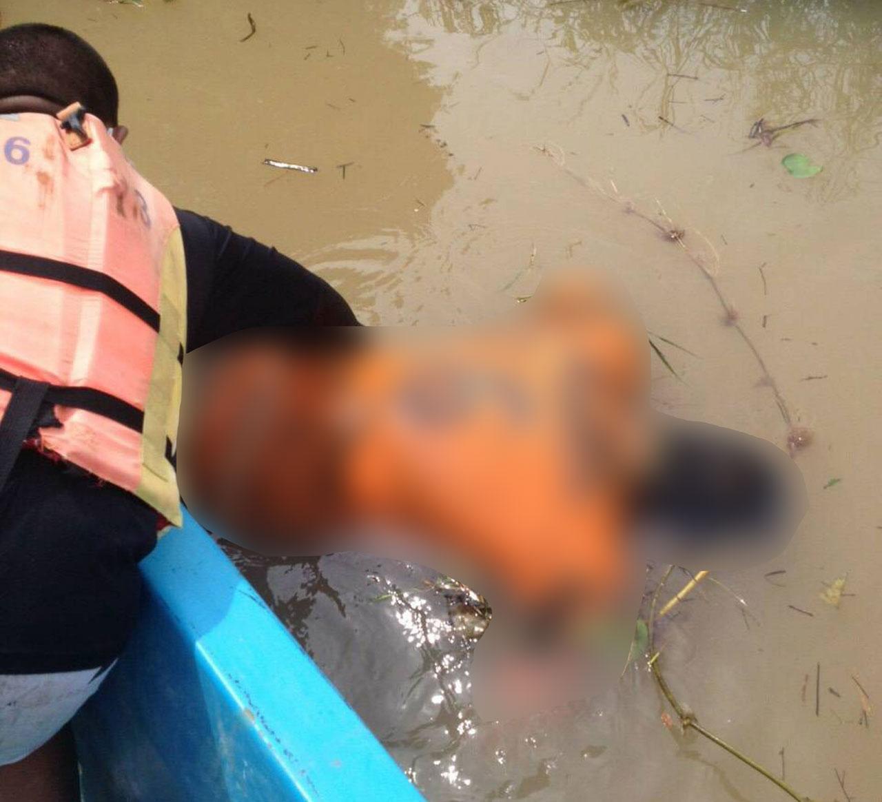 สภาพศพ นักวิชาการเกษตร ที่ร้อยเอ็ด ลอยอืดในลำน้ำชี ญาติคาดถูกฆ่าก่อนโยนทิ้งลงน้ำ