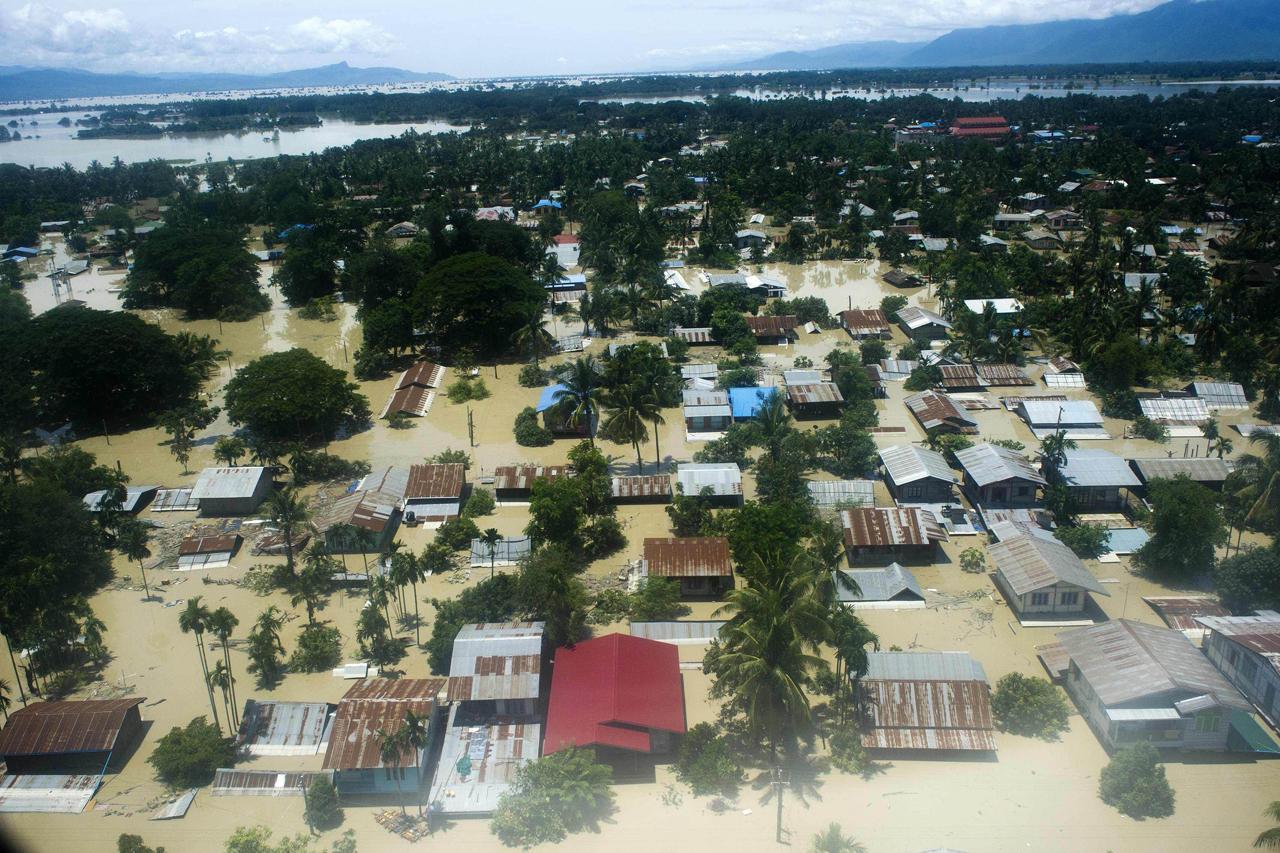จมบาดาล–ภาพมุมสูงเห็นสภาพเมืองกะเลย์ทางภาคตะวันตกเมียนมา จมน้ำแทบทั้งเมือง หลังเผชิญฝนตกหนักหลายวัน สหประชาชาติเตือนภูมิภาคเอเชียกำลังเผชิญภัยฝนตกหนักและน้ำท่วม (เอเอฟพี)