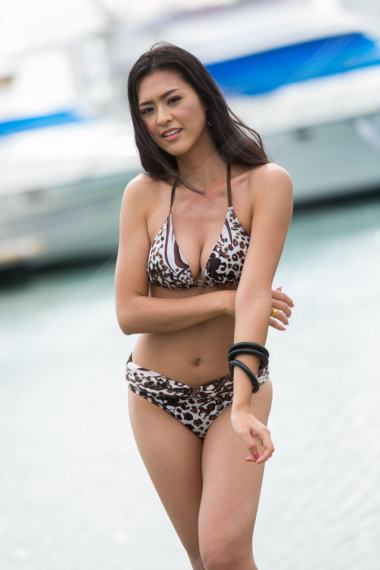 สาวสวย1ใน ผู้ประกวดมิสอินเตอร์เนชั่นแนล ไทยแลนด์ Miss International Thailand 2015 สวมใส่ชุดว่ายน้ำโชว์เรือนร่าง