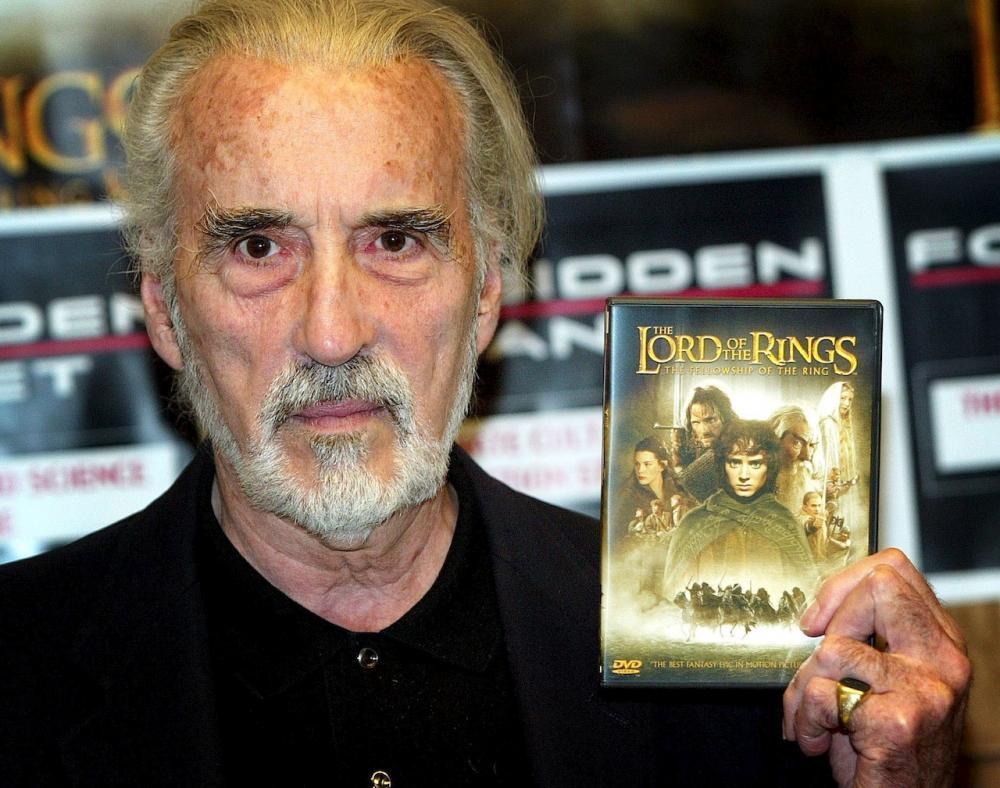 เคยรับบทพ่อมดขาว ซารูมาน ใน The Lord of the Rings (ภาพ: REUTERS)