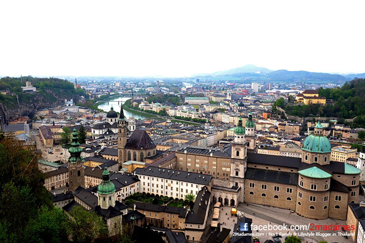 มองวิวเมืองซาลส์บวร์ก Salzburg จากที่สูง