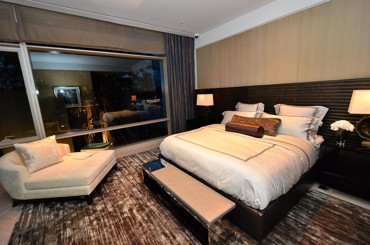 ห้องนอนออกแบบได้อย่างคลาสสิก