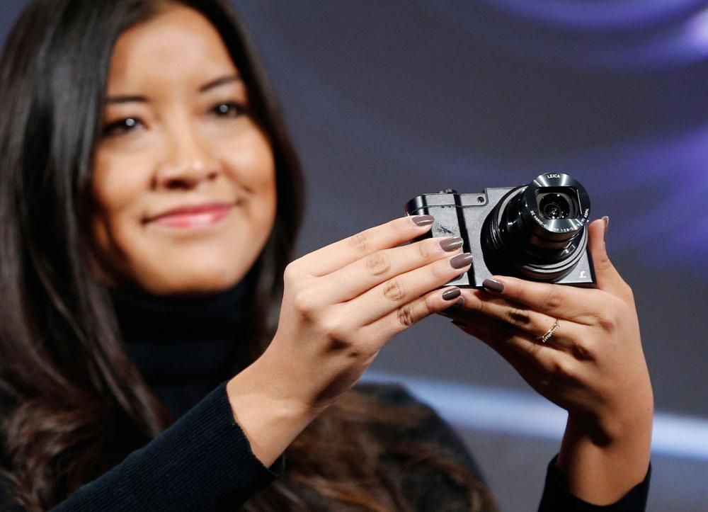 กล้องดิจิตอล พานาโซนิค ลูมิกซ์ DMC-ZS100