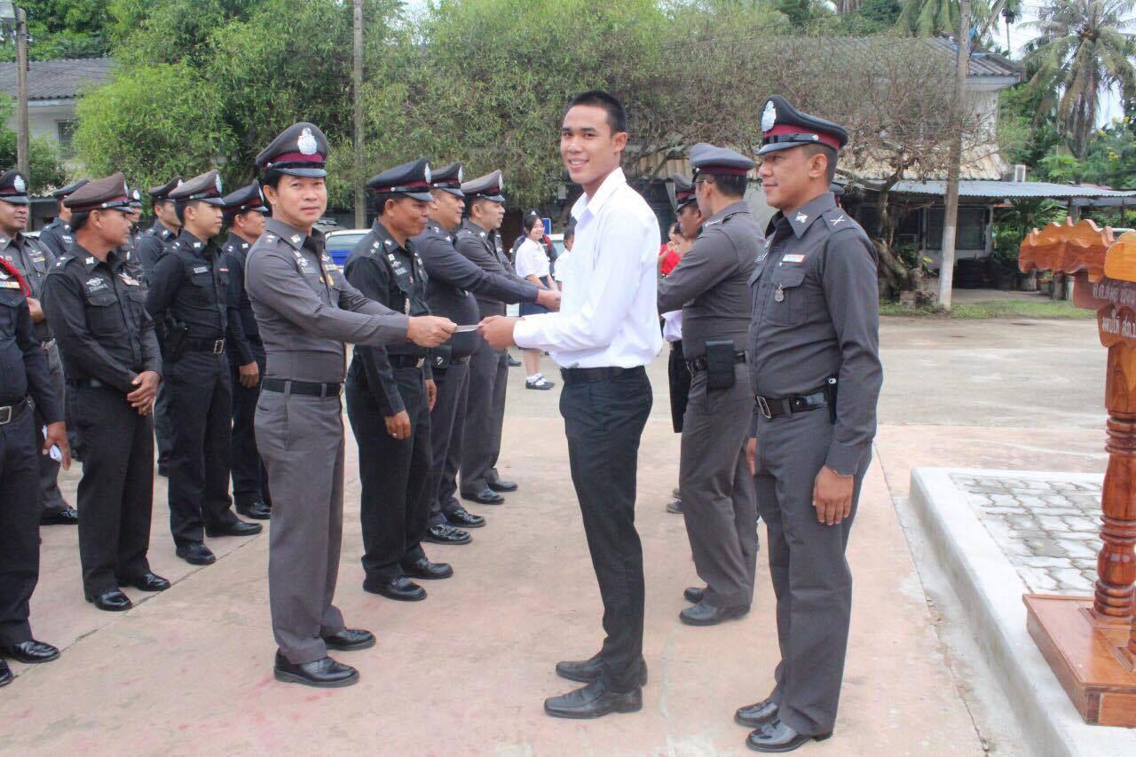 ภาคเอกชนสนับสนุนการทำงานของเจ้าหน้าที่ตำรวจ สภ.บ้านติ้ว
