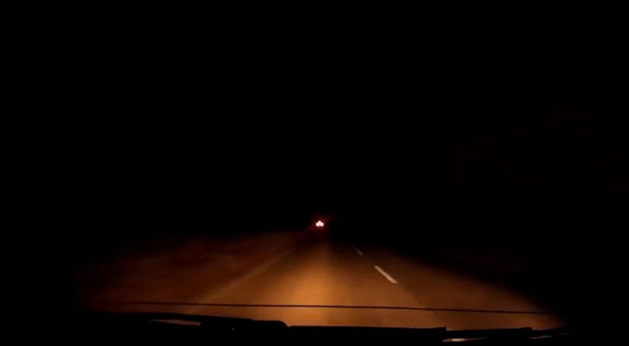 ภาพจากวิดีโอติดหน้ารถยนต์ ช่วงตอนค่ำ