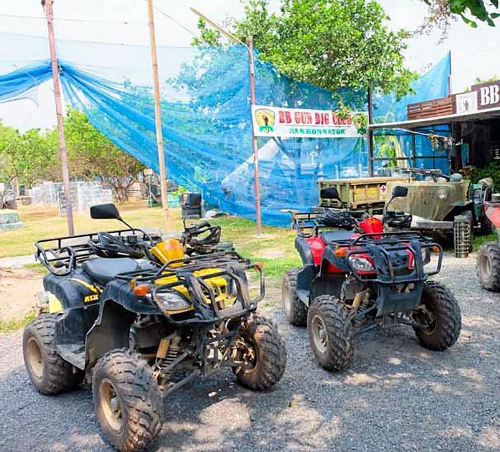 รถ ATV คันเก่งขับเที่ยวป่าแบบชิลๆ.
