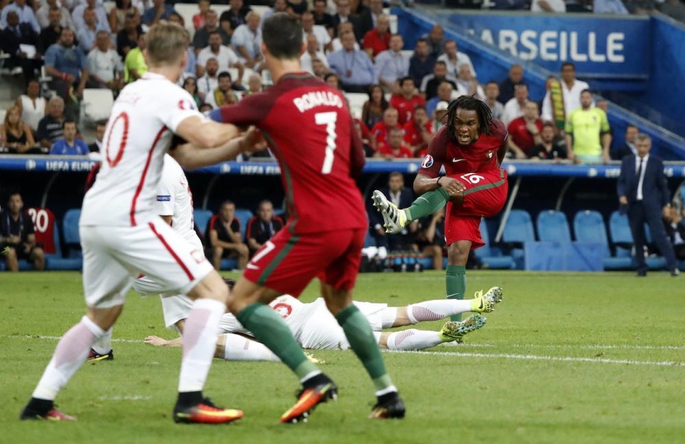 เรนาโต ซานเชซ กดด้วยซ้ายให้ โปรตุเกส ตามตีเสมอ 1-1