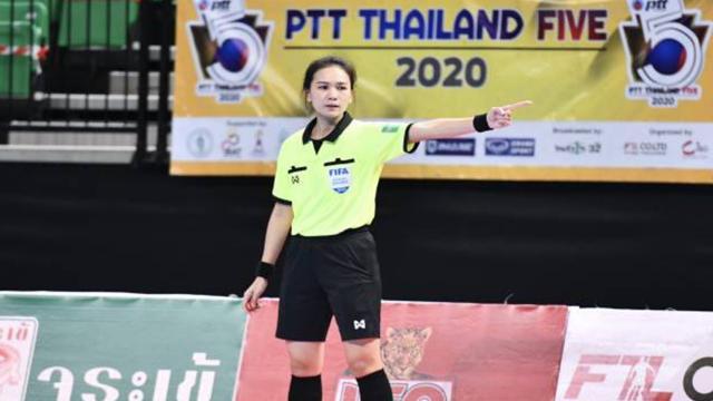 """เปิดแนวคิด """"เปาน้ำ"""" ผู้ตัดสินฟุตซอลสาว สู่ว่าที่ """"ฟีฟ่า อีลิท"""" เมืองไทย"""