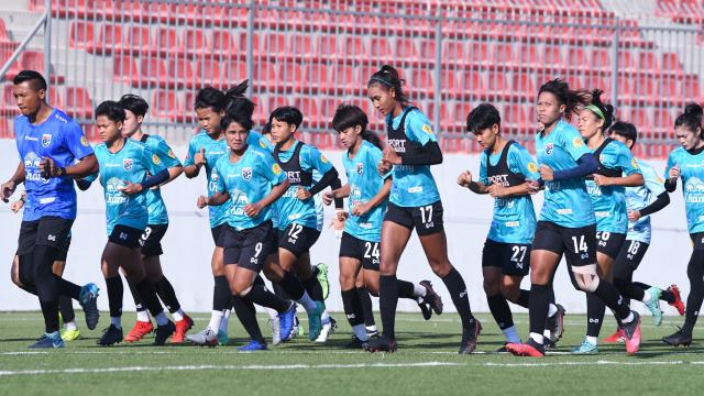 """""""ทีมชาติไทย"""" ปลอดโควิด-19 หวังชนะ 2 นัด ฟุตบอลหญิงชิงแชมป์เอเชีย รอบคัดเลือก"""
