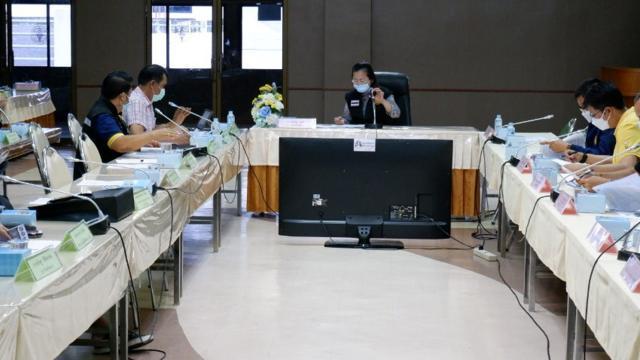 สสจ.เพชรบุรี ยันคนจองคิวหมอพร้อมเดือน มิ.ย. รอเรียก ได้ฉีดวัคซีนแน่ 100%