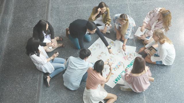 """เปิดโลกอนาคตการเรียนรู้ """"Blended Learning"""" ยืดหยุ่นทันยุค อัปเดตทันโลก"""