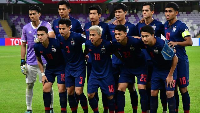 """ฮือฮา ฟีฟ่าแรงกิ้งล่าสุด """"ทีมชาติไทย"""" อันดับพุ่งพรวด แม้ไม่ได้ลงแข่ง"""