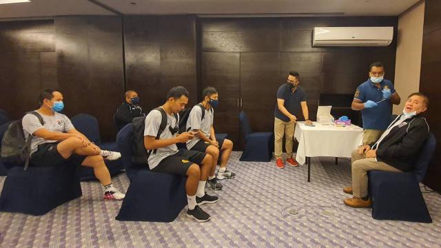 """ทีมชาติไทยรอผลโควิดรอบ 2 ก่อนเพลย์ออฟฟุตซอลโลก """"มูฮัมหมัด"""" หวังล้างตา อิรัก"""