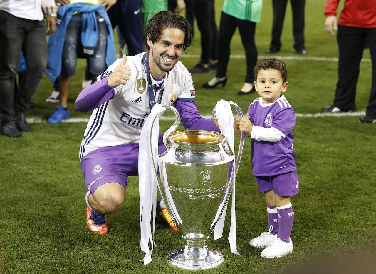 อิสโก กับลูกชายตัวน้อยของเขา