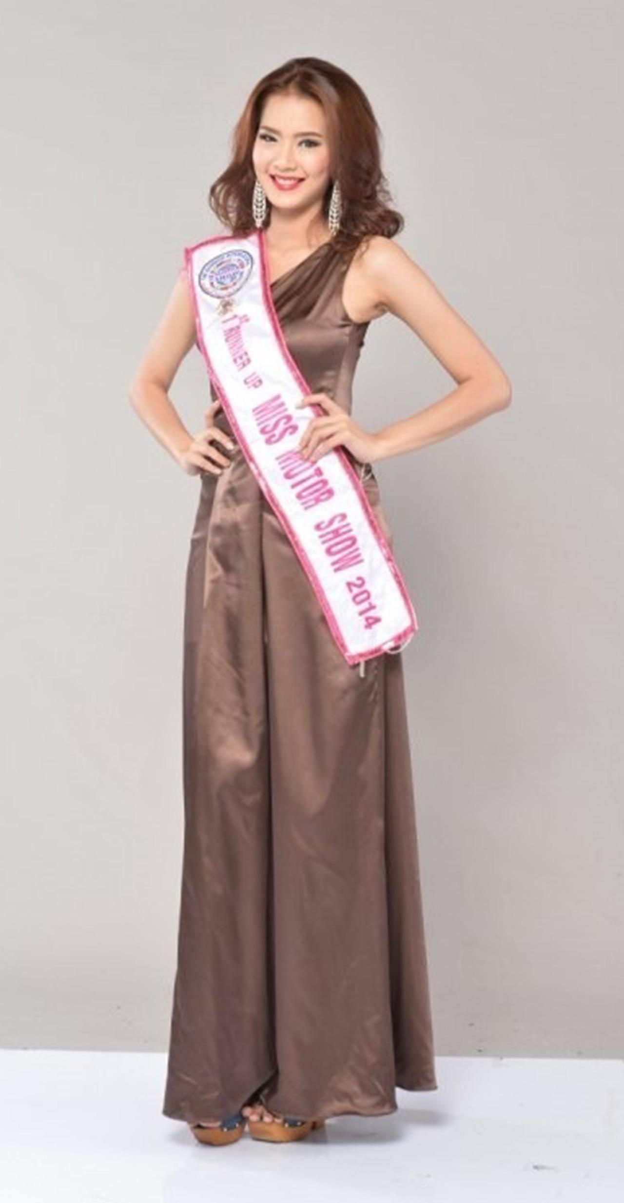 มิ้นท์ ชรินทร นันทะ ตำแหน่งรองอันดับ 1 มิสมอเตอร์โชว์ Miss Motor Show 2014