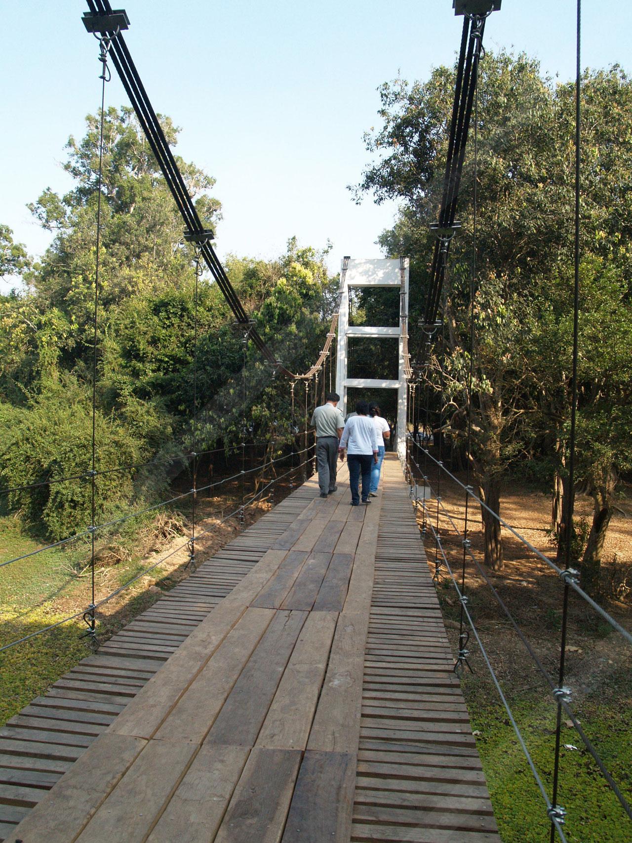 สะพานแขวนยาว 65 เมตรแห่งเดียวในจังหวัด