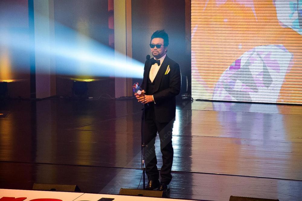รายการโทรทัศน์ที่สุดแห่งปี nake and the city ทางช่องไทยรัฐทีวี