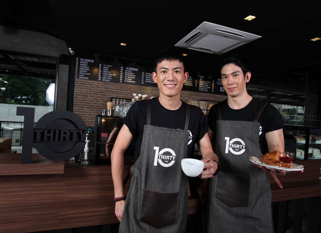 อยากไปนั่งร้าน  10 THIRTY CAFE ทุกวัน