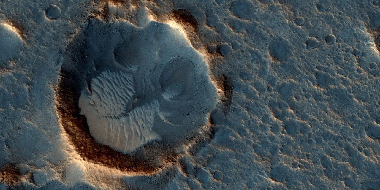 นาซาโชว์ภาพของจริง 'อาซิดาเลีย แพลนิเทีย' บนดาวอังคาร