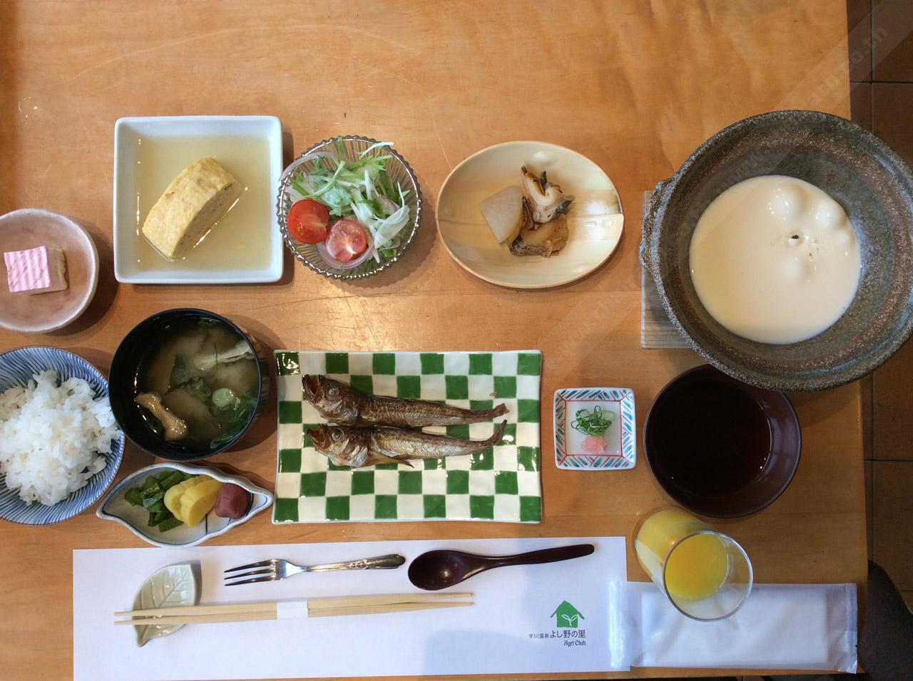 มื้อเช้าของญี่ปุ่นแท้ๆ นิยมทานแบบนี้