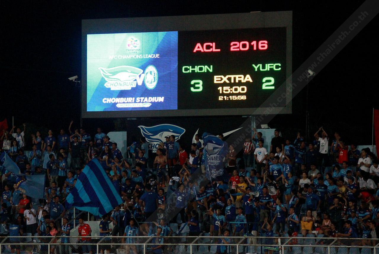 ป้ายสกอร์บอร์ดจบเกมการแข่งขัน ชลบุรี เอฟซี เอาชนะ ย่างกุ้ง เอฟซี 3-2