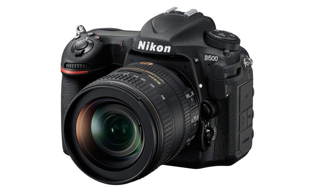นิคอน D500