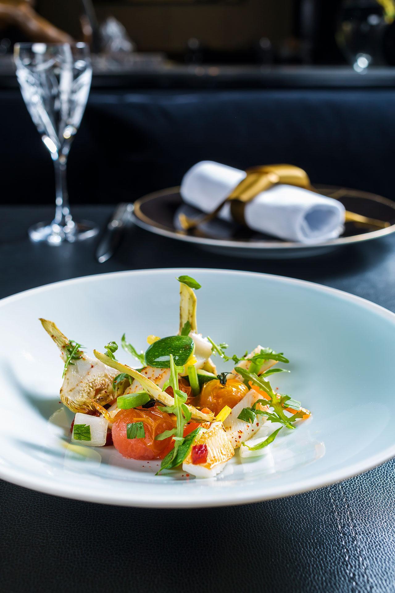 คอร์สเมนูหลัก Squid salad  น่าโดนสักจานไหมเธอ ?!