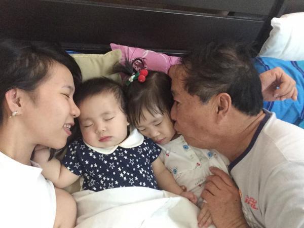 """""""น้องมะลิ"""" ลูกสาวคนโต ปัจจุบันอายุ  3 ปี 6 เดือน ส่วนคนเล็ก"""