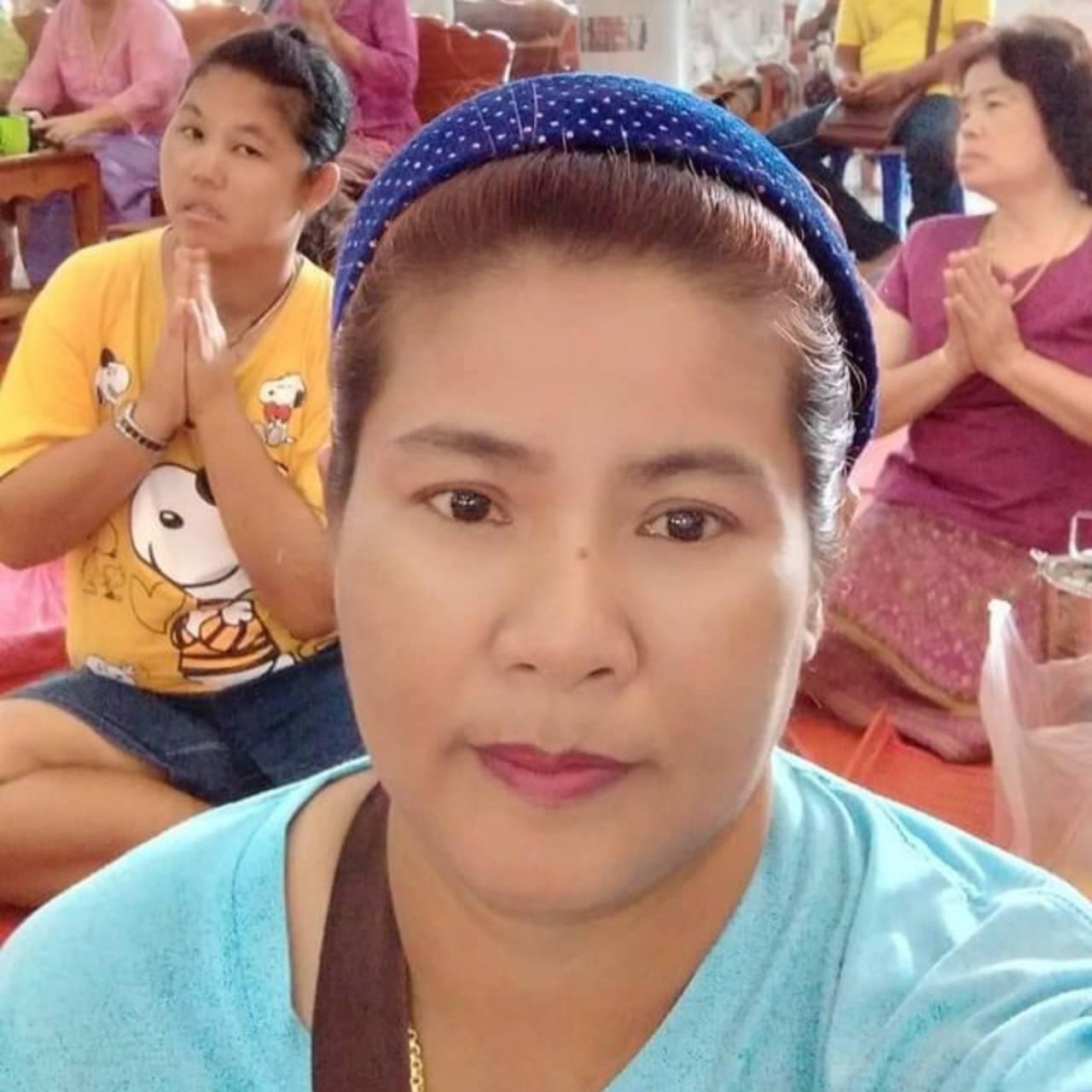 นางกุหลาบ จินดา อายุ 50 ปี ผู้ถูกรางวัล