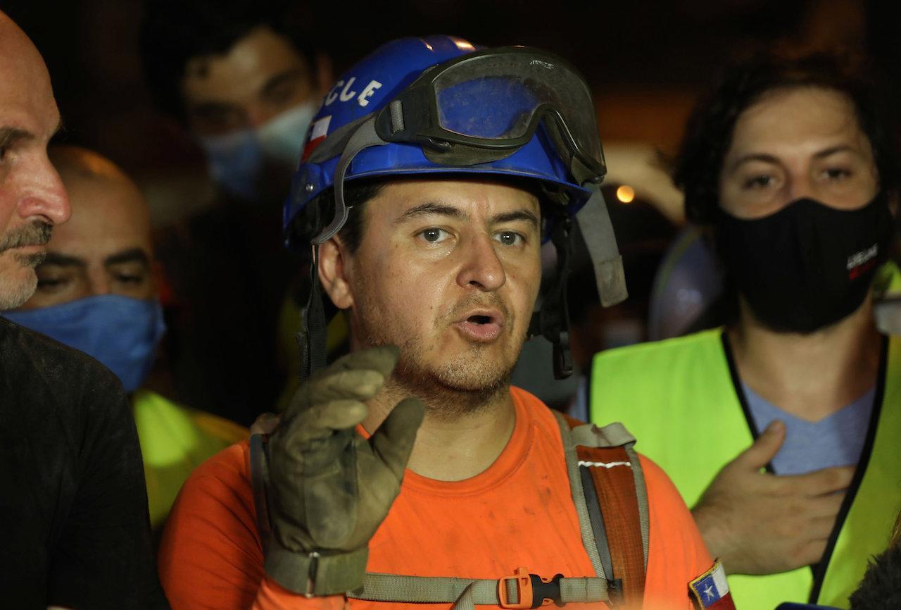 ฟรานซิสโก เลร์มันตา หัวหน้าทีมอาสาสมัครกู้ภัย 'โตโปส ชิลี'
