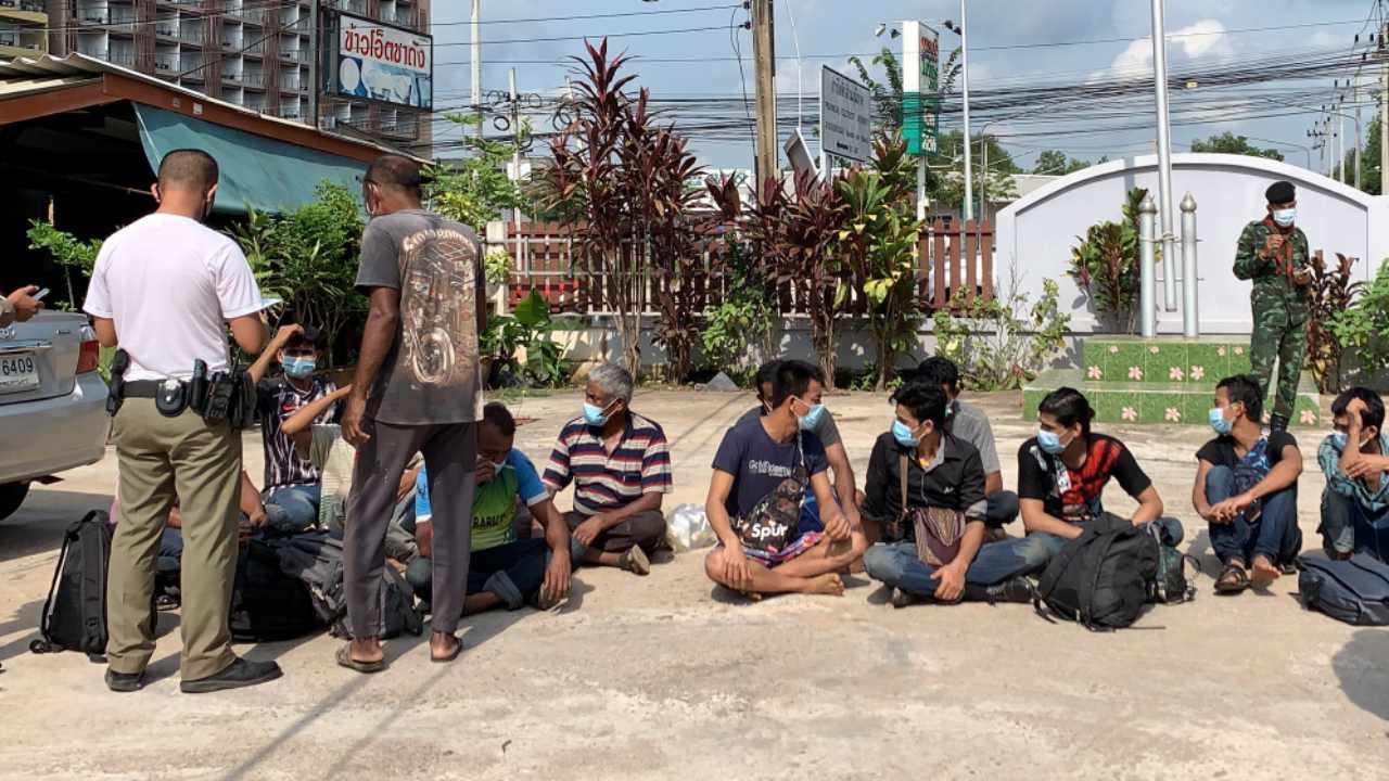 แรงงานชาวเมียนมาเหล่านี้ พากันหลบหนีออกมาจากประเทศมาเลเซีย