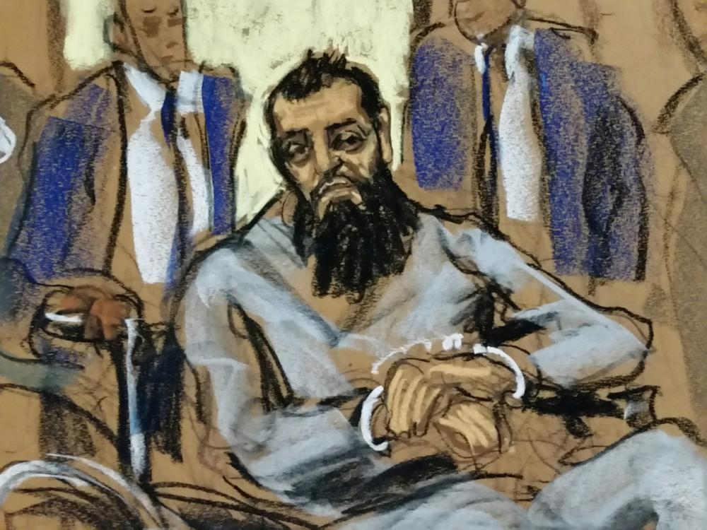 ภาพวาดนายไซปอฟขณะฟังการพิจารณาคดีในศาล